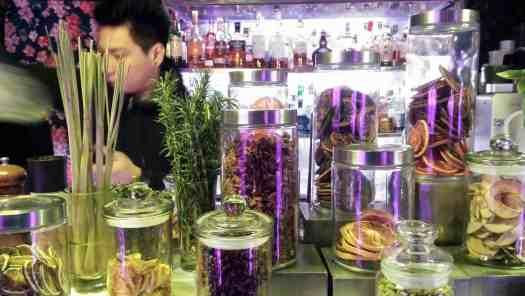 image-of-cocktail-garnishes-at-hongkong-cocktail-lounge