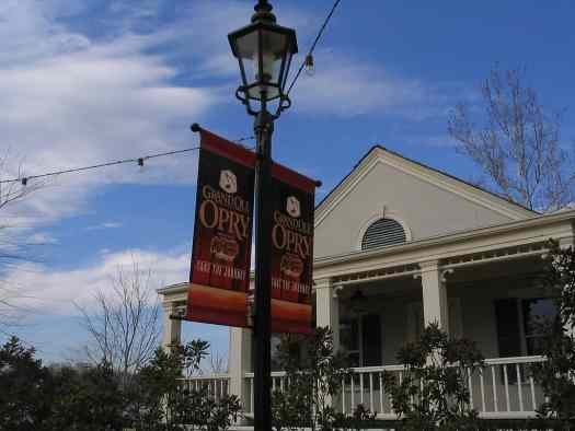 image-grand-ole-opry-nashville-tennessee