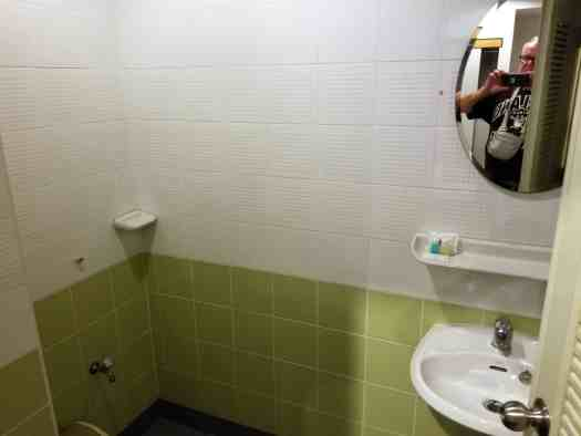 image-of-king-one-apartment-hotel-toilet