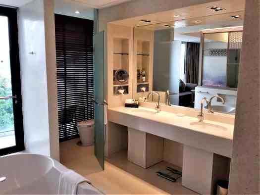 image-of-amari-ocean-pattaya-resort-hotel-bathroom