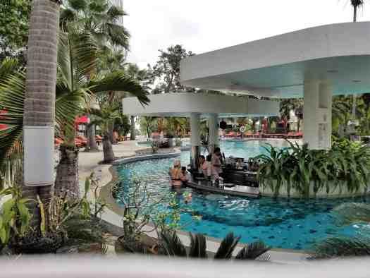 th-pattaya-hotel-amari-swimming-pool (5)