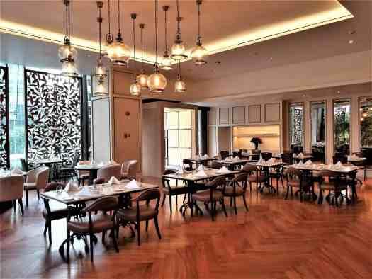 image-of-lancaster-bangkok-hotel-dining-room