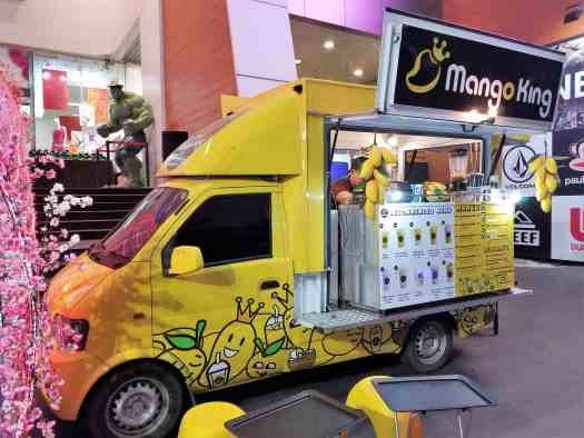 image-of-pattaya-thailand-van-selling-mango-smoothies