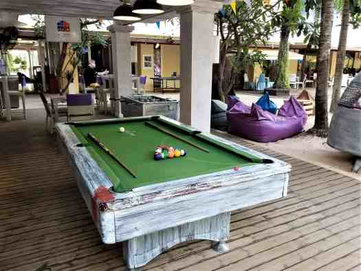 image-of-mercure-hotel-pattaya-aqua-pool-bar-and-club-pool-table