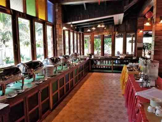th-phuket-hotel-naiyang-breakfast-buffet (1)