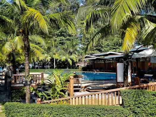 th-phuket-hotel-naiyang-swimming-pool(1)