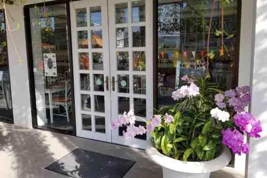 image-of-proud-phuket-thailand-hotel-tea-house-entrance