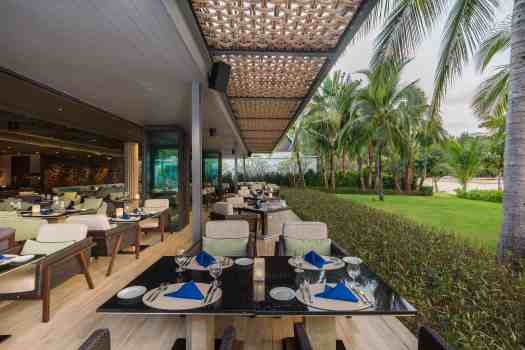 image-of-big-fish-restaurant-outdoor-seating