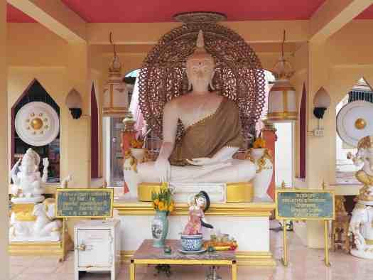 image-of-Naiyang-buddhist-statuesn-phuket-thailand