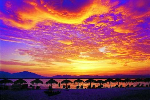 image-of-hainan-china-wuzhizhou-sunset