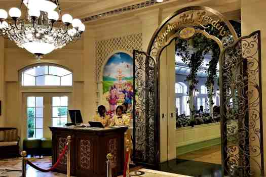 image-of-hong-kong-disneyland-hotel-enchanted-garden-entrance