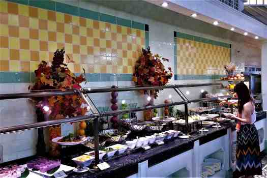 image-of-hong-kong-disneyland-hotel-enchanted-garden-breakfast-buffet-cold-dishes