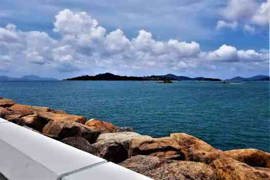 image-of-explorers-lodge-hong-kong-disneyland-waterfront-in-front-of-hotel-