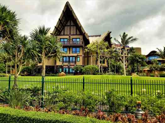 image-of-disney-explorers-lodge-hotel-at-hong-kong-disneyland-resort