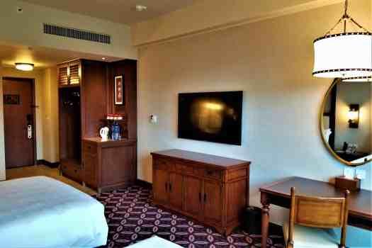 image-of-explorers-lodge-hong-kong-disneyland-standard-hotel-room