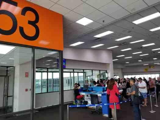 image-of-bangkok-don-mueang-international-airport-domestic-terminal-gate