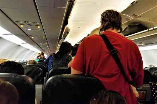 image-of-passengers-leaving-aircraft