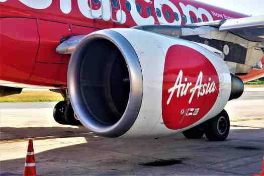 image-of-airasia-airbus-320-200-jet-engines