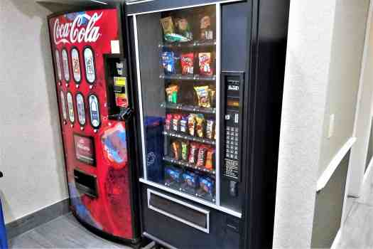 image-of-quality-inn-&-suites-south-san-francisco-vending-machines