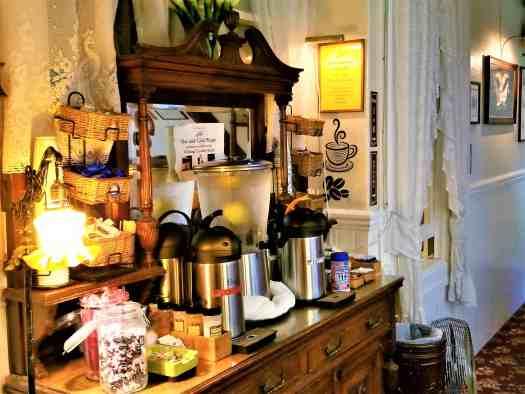 image-of-san-francisco-san-remo-hotel-beverage-counter
