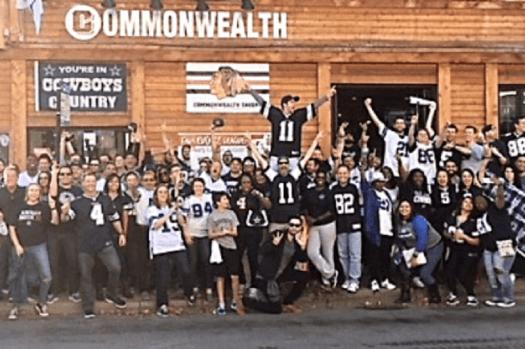 Dallas Cowboy fans at Commonwealth Roscoe Village