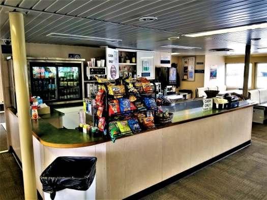 san-francisco-ferry-snack-bar