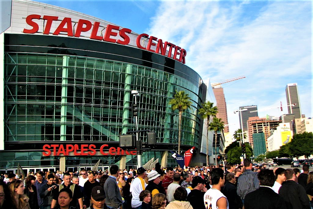staples-center-in-los-angeles-california