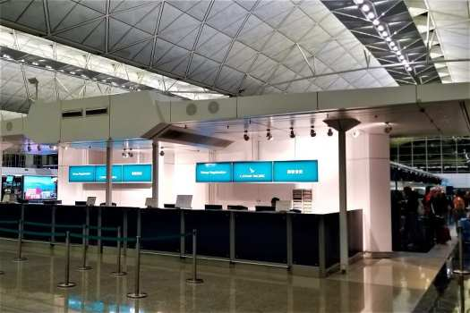 cathay-pacific-airways-check-in-counter