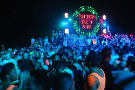 full-moon-party-haad-rin-sunsrise-beach-koh-phangan-thailand