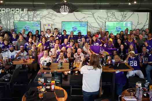 nfl-minnesota-vikings-topgolf-atlanta-1