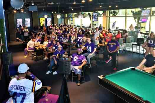 nfl-minnesota-vikings-topgolf-atlanta-2