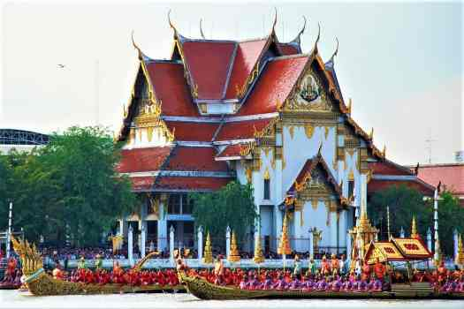 royal-barge-procession-on-chao-phraya-river-in-bangkok-thailand