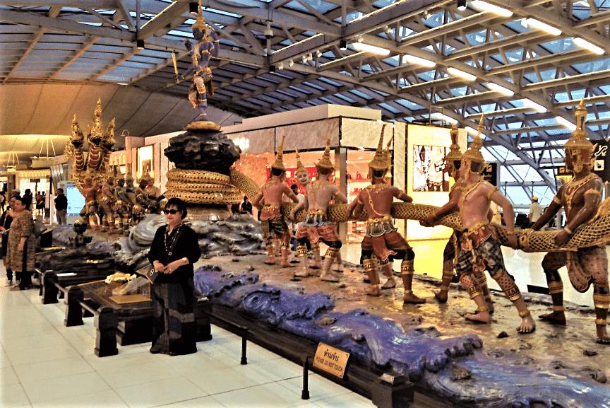 bangkok-airort-traditional-statue