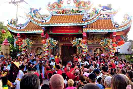 chinese-new-year-celebration-at-koh-samui-chinese-temple