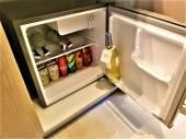 Min-refrigerator.