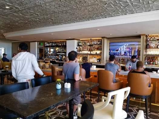 limewood-bar-and-restaurant-bar
