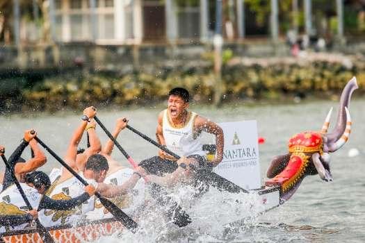 Team Anantara at the Elephant Boat Race