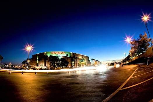 honda-center-at-night