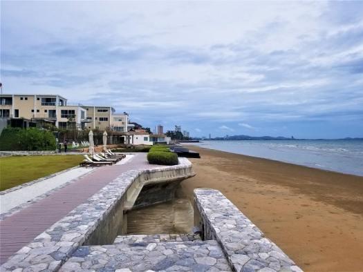 th-pattaya-hotel-veranda-beach