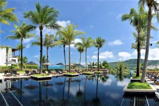anadara-phuket-hotel-swimming-pool