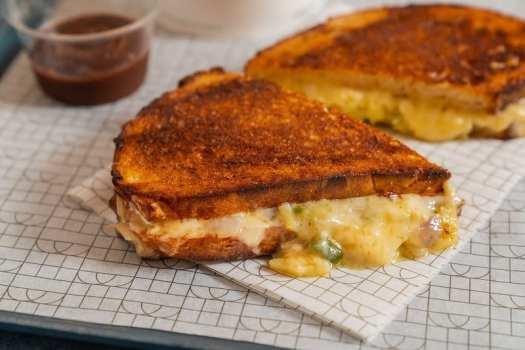 grilled-cheese-sandwich-at-basehall-bar-hong-kong