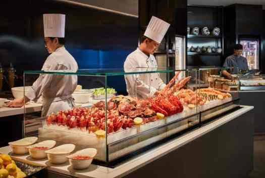 hotel-buffet-restaurant-seafood-station