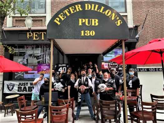 raider-fans-at-peter-dillons-pub-new-york-city