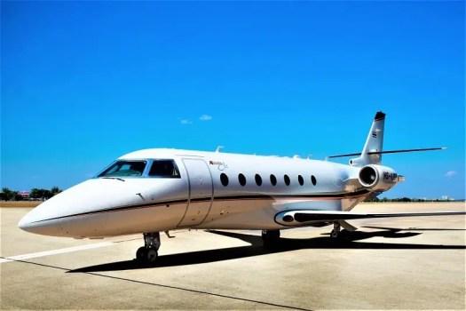 VIPJets-Gulfstrem-chartered-jet