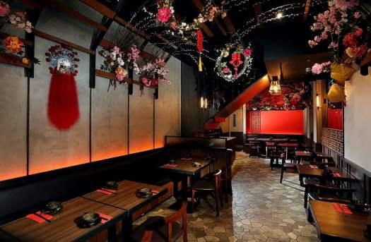 interior-of-a-sichuanese-restaurant-in-hong-kong