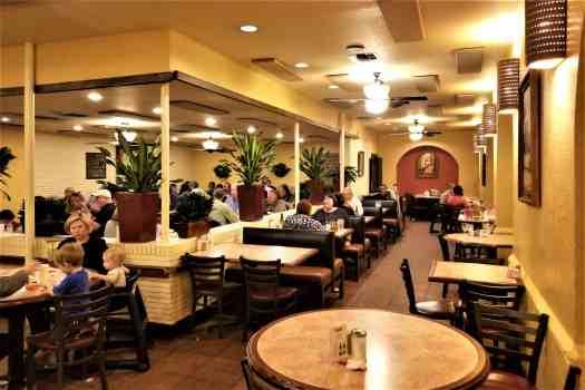 los-barrios-main-dining-room