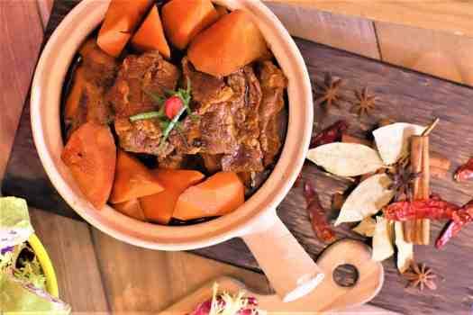 Braised-beef-brisket-with-carrota