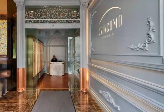 giacomo-ristorante-and-caffe-entrance