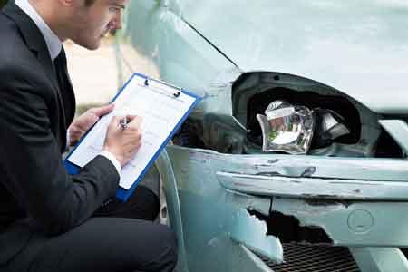 Insurance adjuster writing a bad estimate