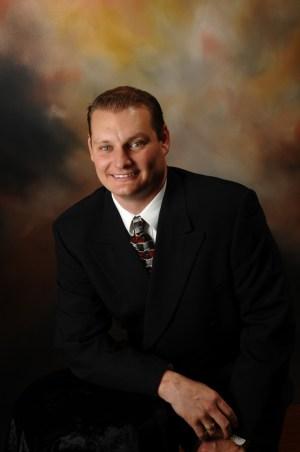 Dr Greg Hauser